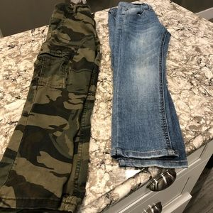 Lot of 2 pairs jeans cargo camo pants boys size 8